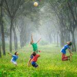 Cum pot învăţa copiii limba engleză cu ajutorul jocurilor