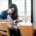 7 obiceiuri care te ajută să înveţi uşor