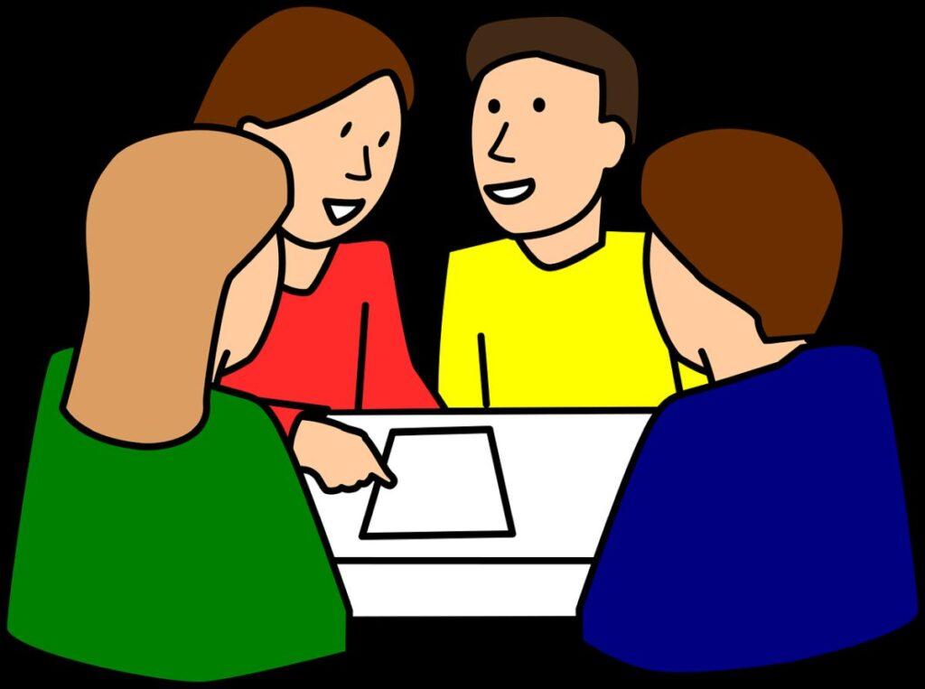 desen cu 4 adulti care stau la o masa pe care e o foaie si discuta si invata engleza impreuna